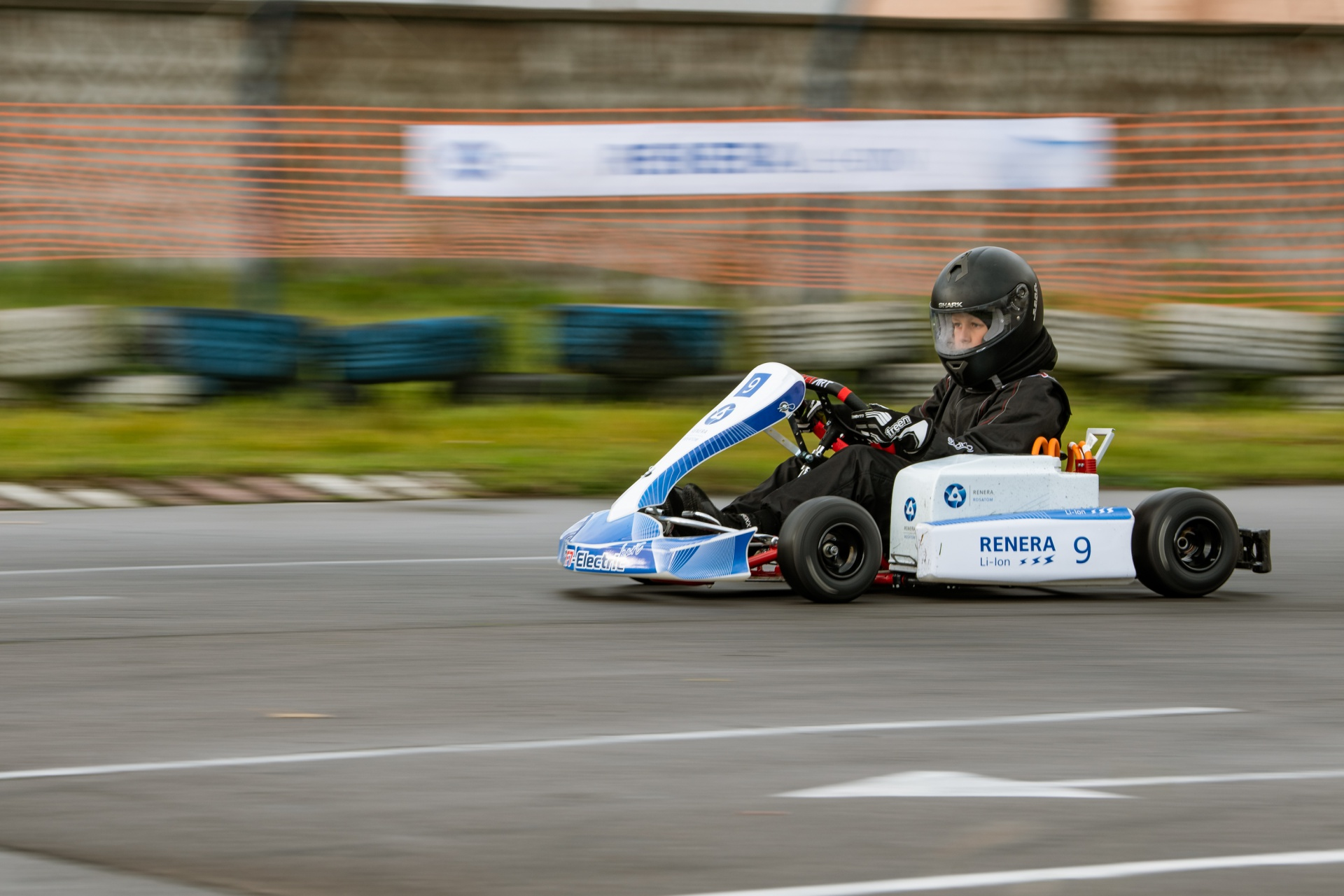 Rosatom equips cars with lithium-ion batteries for the first Russian electric kart race